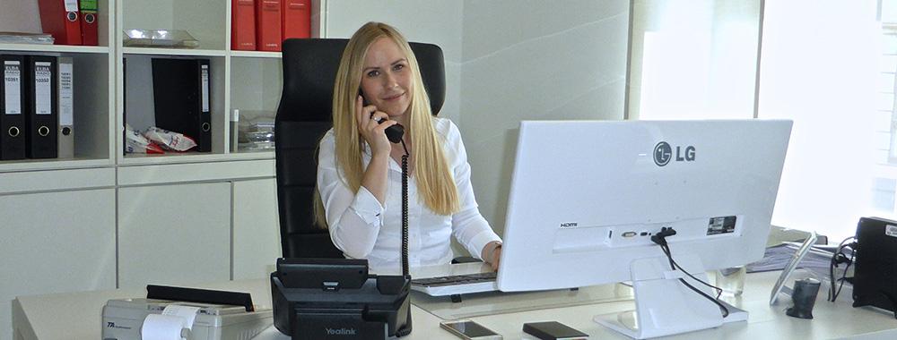 Nina Hüsemann-Schmidt
